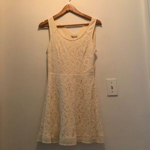 White laced American Eagle dress